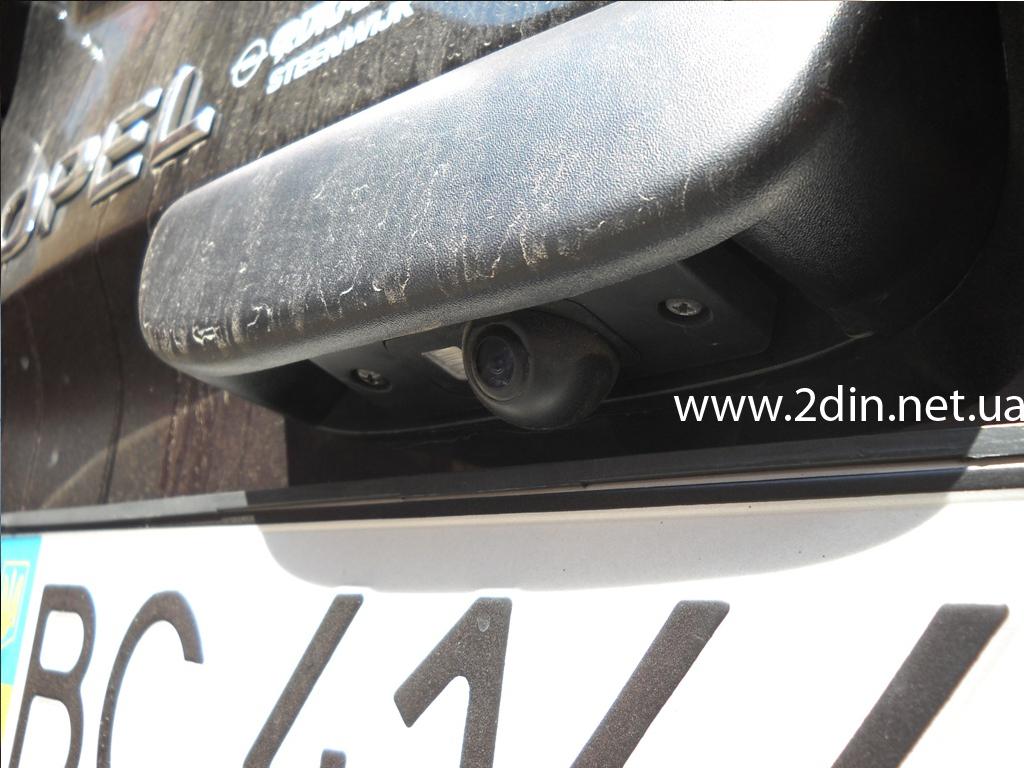 Установка камеры заднего вида на автомобиль опель астра своими руками